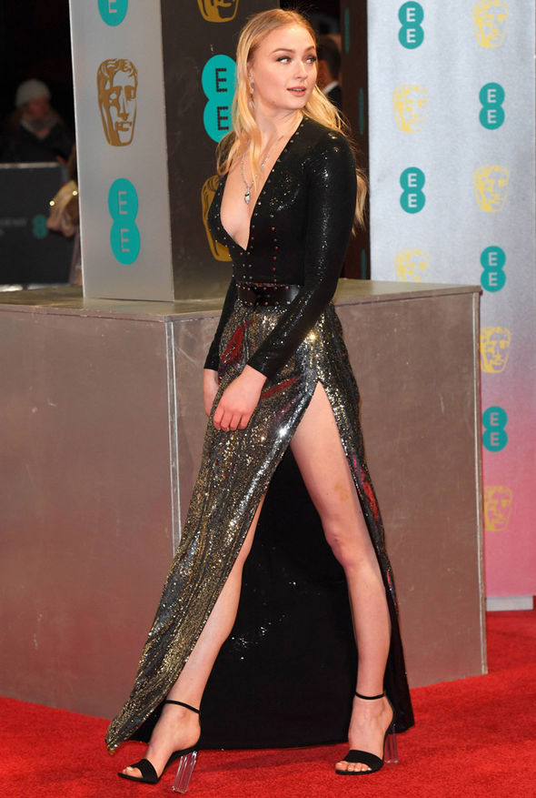 Sophie Turner shows off her pins on the red carpet at the BAFTAs 2017