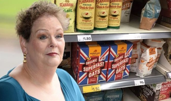 Anne Hegerty mocks Twitter 'upset' at Union flag on Morrisons' porridge - 'Intimidation!'
