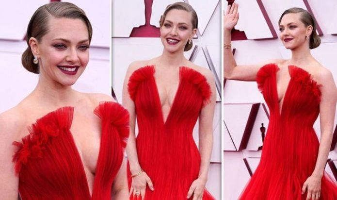 Braless Amanda Seyfried risks wardrobe malfunction in daring V Neck gown at Oscars 2021