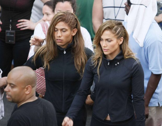 Jennifer Lopez and her MALE stunt double in Mexico