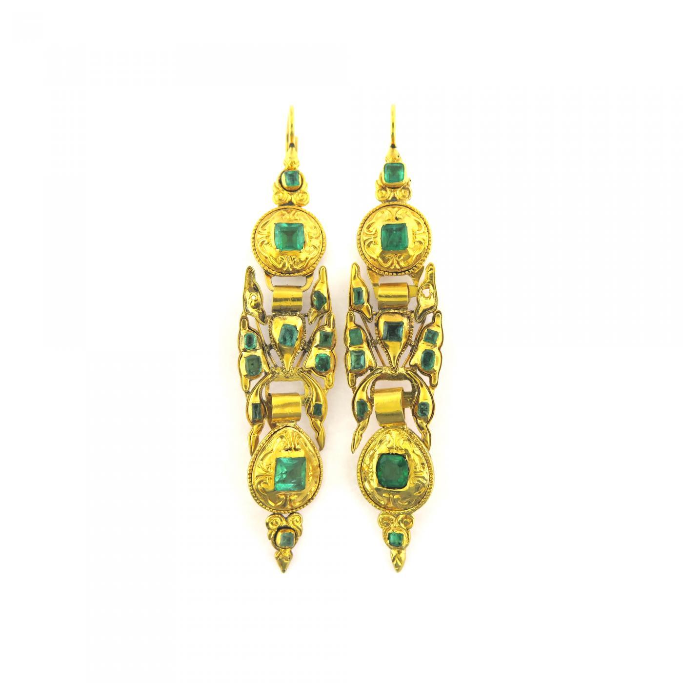Antique Iberian Emerald Long Drop Gold Earrings