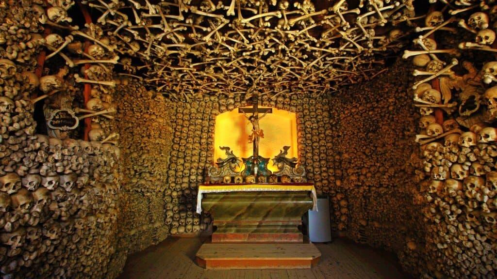 Catacumbas de Lima Perú — Turismo Espiritual y Místico