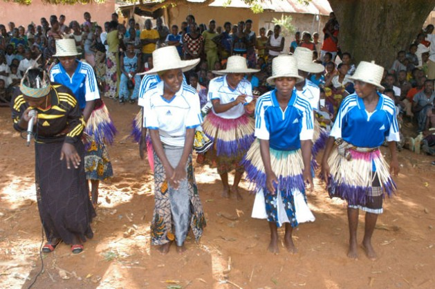 Adelescent girls in Shinyanga dancing as part of the altenative learning programme by UNESCO aimed at equiping them with life skills. Credit: Kizito Makoye/IPS