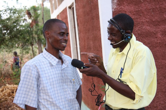 A journalist conducts an interview in Kenya. Credit: Isaiah Esipisu/IPS