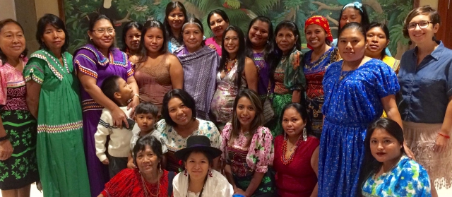 Indigenous women from Panama design action plans to ensure food security. Credit: FAO