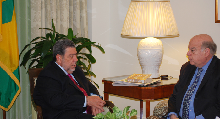 Pm Gonsalves Meets With Oas Secretary General, Jose Miguel Insulza.
