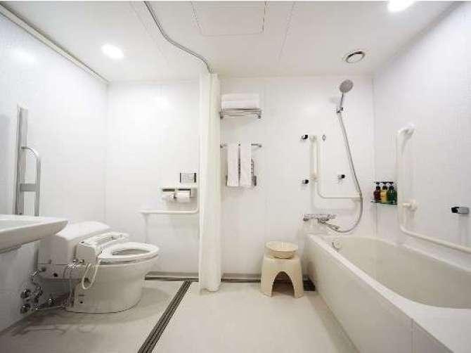 ベッセルイン博多中洲のスーペリアツインルームのバスルーム