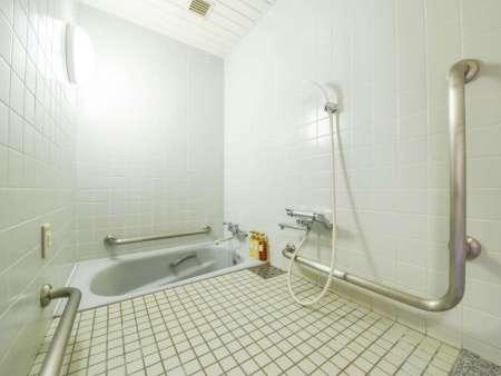 【大阪リゾート ホテル・ロッジ舞洲】本館バリアフリーツインの浴室