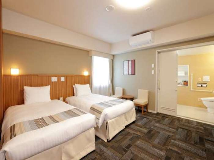 日和ホテル舞浜のデラックスツイン・バリアフリー対応