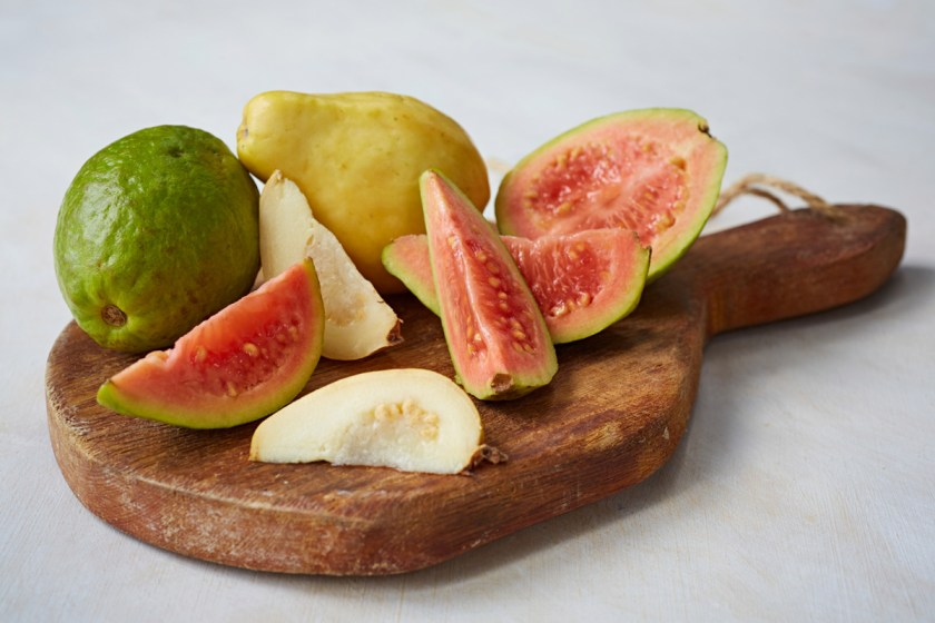 Tropical-Fruits_Guava_5695_preview