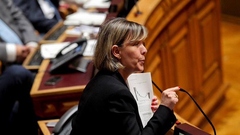"""PSD recomenda ao Governo que renegoceie """"perdão de dívida aos bancos"""" de 630 milhões"""