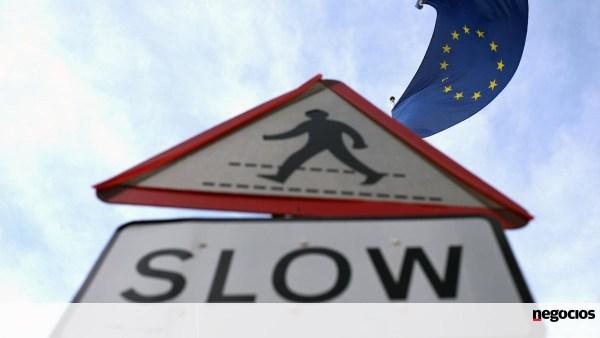 Economia europeia afasta-se da estagnação com melhoria nos serviços