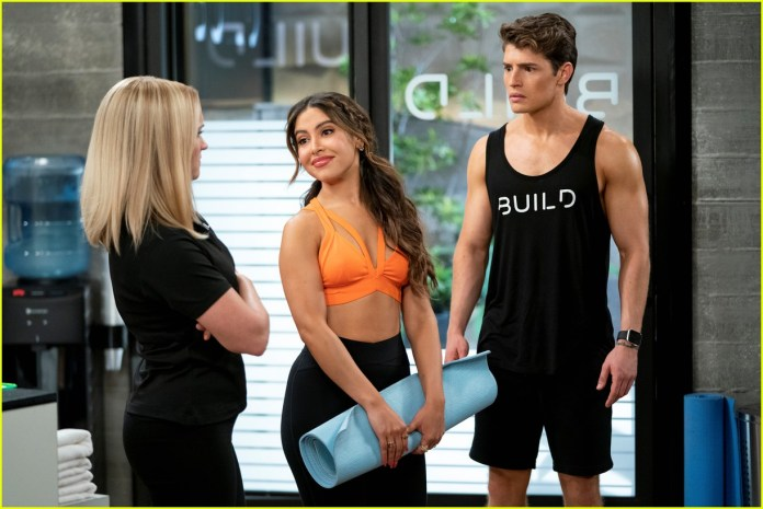 Gregg Sulkin Shows Off Ripped Body In 'Pretty Smart' Trailer with Emily  Osment - Watch Now!: Photo 1324216   Cinthya Carmon, Emily Osment, Gregg  Sulkin, Michael Hsu Rosen, Netflix, Olivia Macklin, Television,