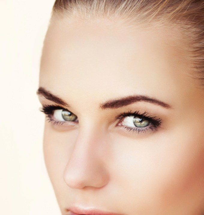 what's the best hair color for green eyes? | juvetress