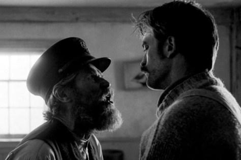 Robbert Pattinson & Willem Dafoe in The Lighthouse recensie