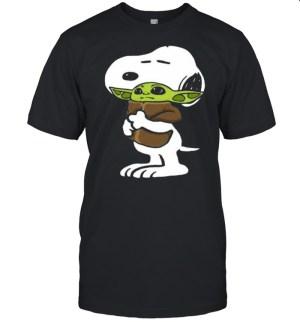 Snoopy Hug Star Wars Baby Yoda 2021 shirt Classic Men's T-shirt