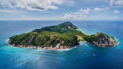 Ada Indonesia! Ini 10 Pulau Pribadi Terbaik yang Ada di ...