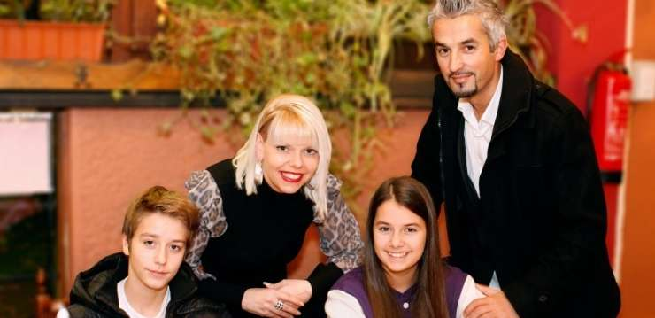 Hčerka Nane Zeneli se je poročila