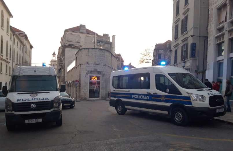 pokol, split, hrvaška-policija