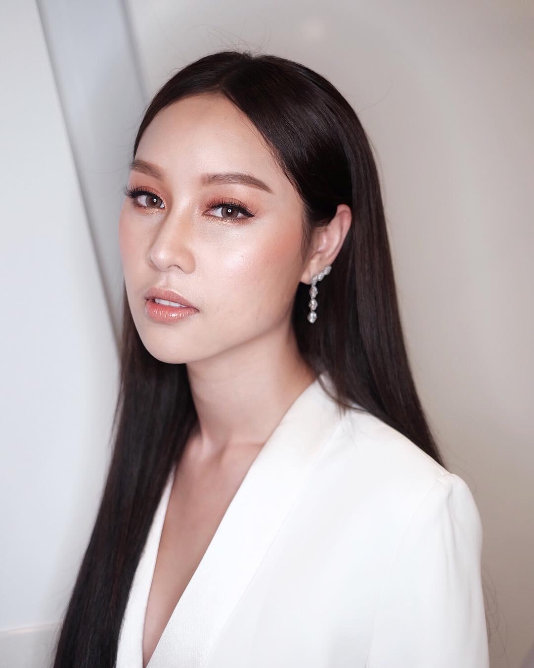 Beautiful Face Girl Facebook Profile