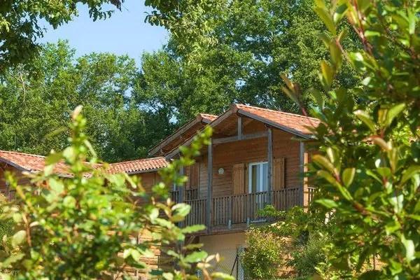 Ferienwohnungen/Ferienhäuser: Ruhig gelegener Ferienpark im ländlichen und gastronomischen Gers (max. 4 Personen)