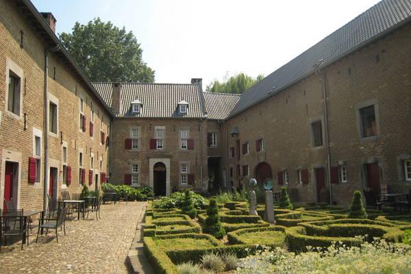 Ferienwohnungen/Ferienhäuser: 10km von Maastricht entfernt, an der belgischen Grenze (max. 3 Personen)