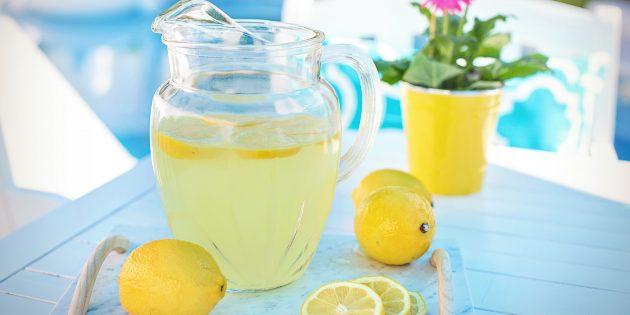 Klassinen limonadi sitruunalla