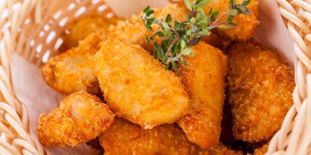 शहद, शेडदर और परमेसन के साथ चिकन नगेट्स