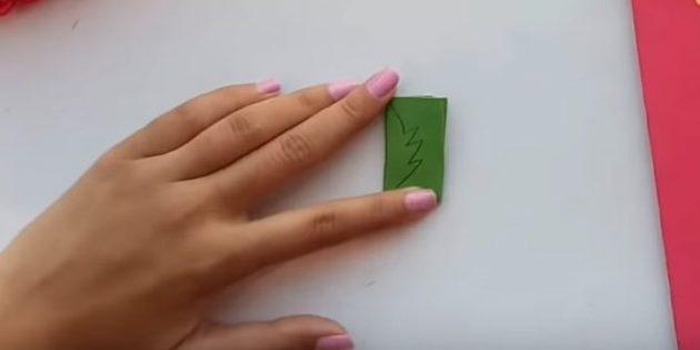بطاقات المعايدة يديك: قطع من أوراق الورق الأخضر