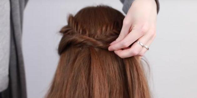 Причёски на длинные волосы: закрепите другую косу и прядку