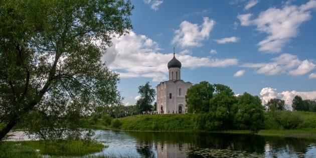 Достопримечательности Владимира и окрестностей: Посёлок Боголюбово и церковь Покрова на Нерли