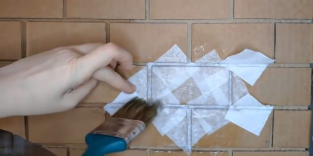 Decorative fireplace with your own hands: Puck bricks with paper napkins moistened in Pva
