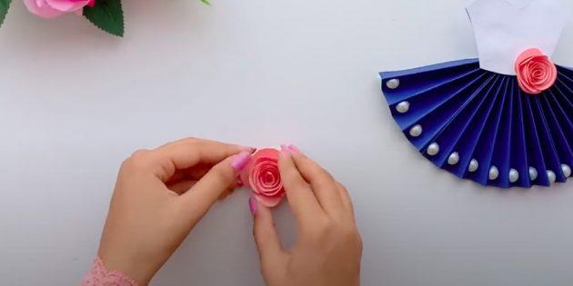 Ambachten op 8 maart doen het zelf: Roll Spiral Rosel