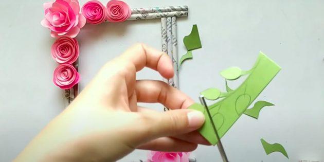 Поделки на 8 Марта своими руками: вырежьте листья