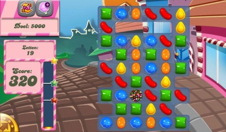 trending game candy crush