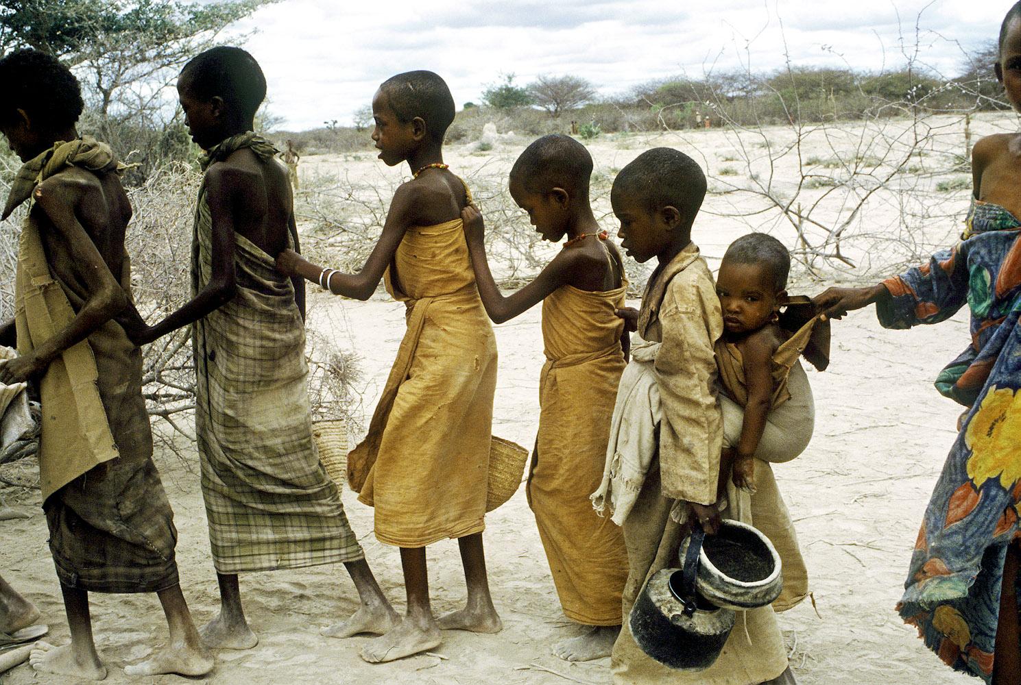 https://i2.wp.com/cdn.lightgalleries.net/4bd5ebf22afec/images/Somalia_Famine_3_PRINT-2.jpg
