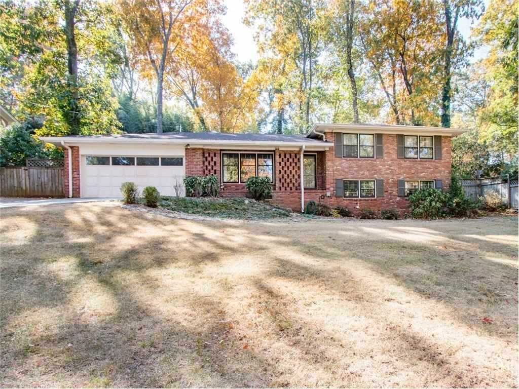 Remodeled 4 Sided Brick Home With Split Level Floor Plan Gorgeous Large Windows Let In Lots Of 5768947