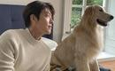 キム・ウビン、大型犬と撮影現場で幸せなひととき…近況ショット公開