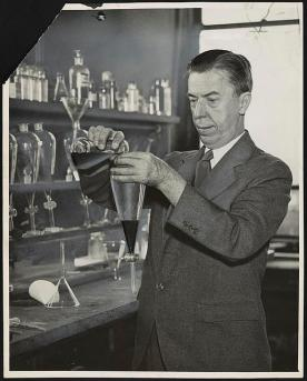 Photo of Alexander Gettler likely in the 20s or 30s