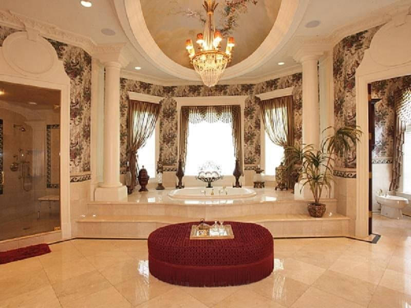 10 Of The Best Looking Bathrooms In The World