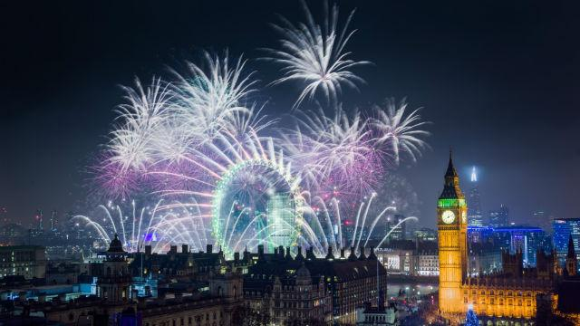 New Year s Eve fireworks tickets in London 2018   Special Event     London New Year s Eve fireworks  31 December 2018
