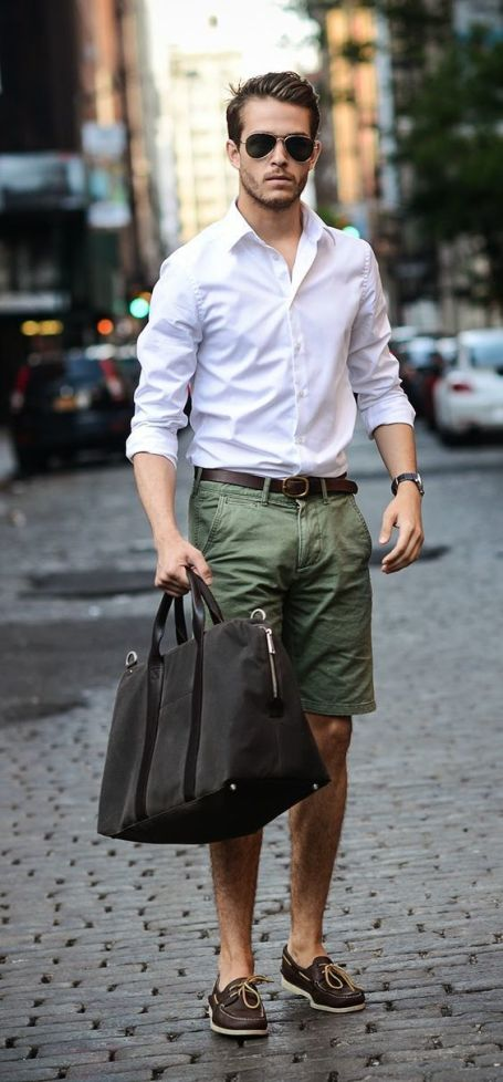 koszula i krótkie spodnie