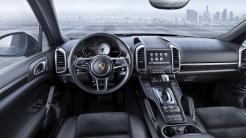 PorscheCayenne_PlatinumEdition2_Luxe