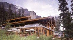 Moraine-Lake-Lodge (10)