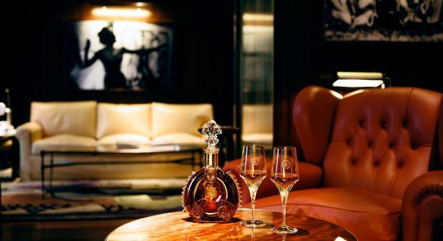 Le Royal Monceau Raffles Paris : Une expérience dédiée au Cognac Louis XIII