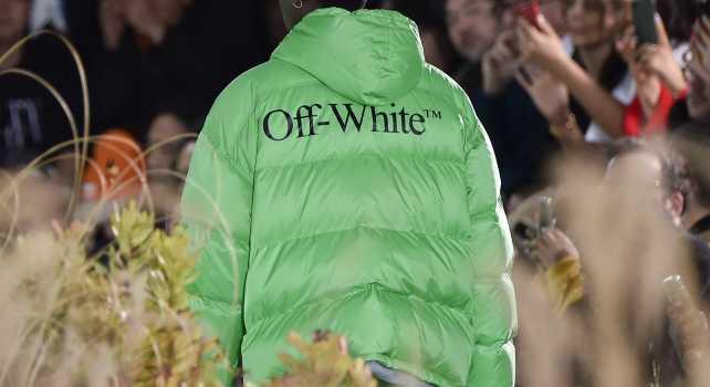 Off-White Homme Automne Hiver 2019/2020 : Public Television, futuriste à souhait