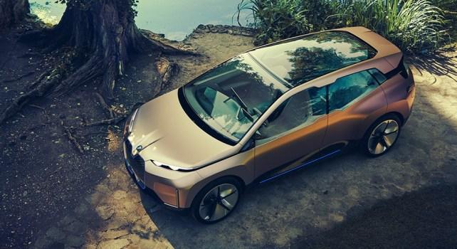 BMW Vision iNEXT : Tournée vers un futur plus connecté et plus responsable
