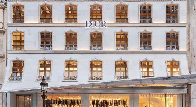Dior : La maison de couture s'installe temporairement sur les Champs-Élysées
