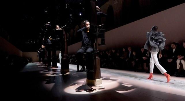 Givenchy Printemps/Été 2021 : Lettre d'amour à Hubert de Givenchy