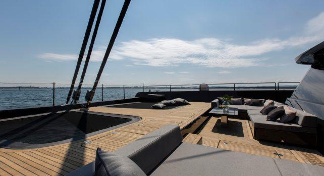 Sunreef 80 Grayone : Le yacht haut de gamme pour navigateurs exigeants